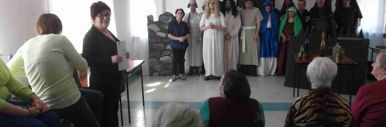 Występ uczestników Środowiskowego Domu Samopomocy przy ul. Miodowej